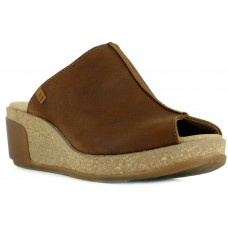 El Naturalista Ladies Leaves Pleasant Wood Clogs