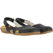El Naturalista Ladies Wakataua Black Sandals